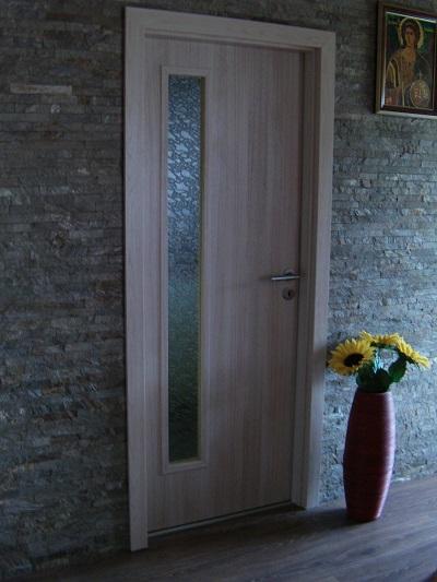 Sobna drvena vrata